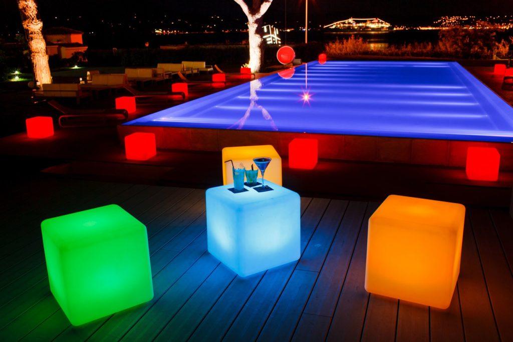 LED cube glow balls that color change