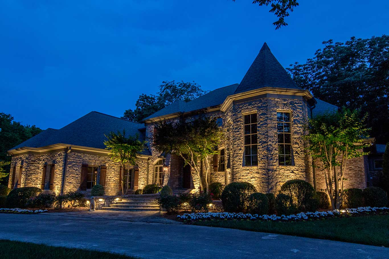 A guide to hiring an outdoor lighting company in nashville aloadofball Image collections