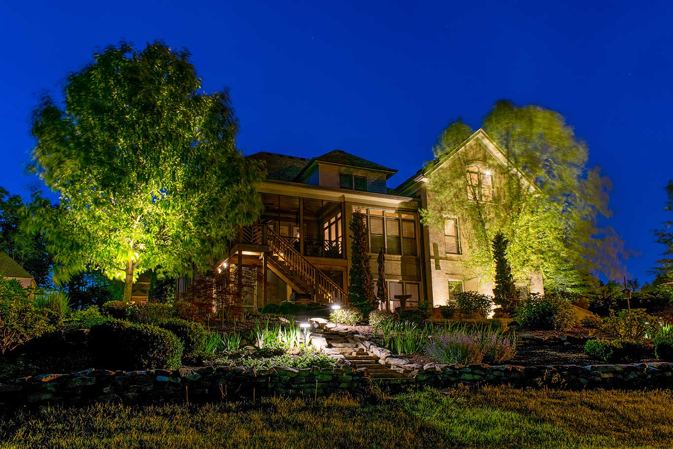 A Guide to Hiring an Outdoor Lighting Company